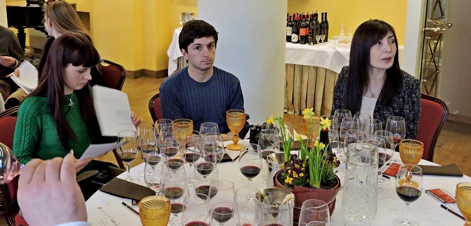 წითელი ღვინოების დეგუსტაციები ბალტიისპირეთში
